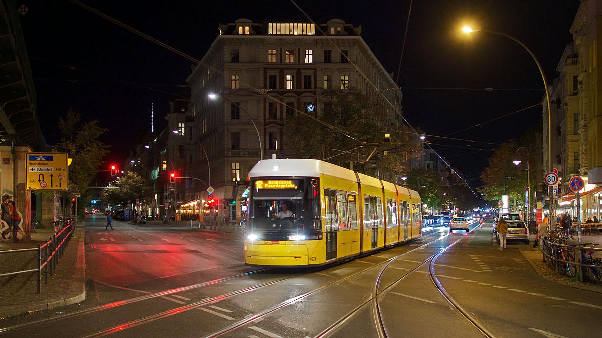http://www.wortundgestalt-webservices.de/foren/dso/tram_12/_D537284.jpg