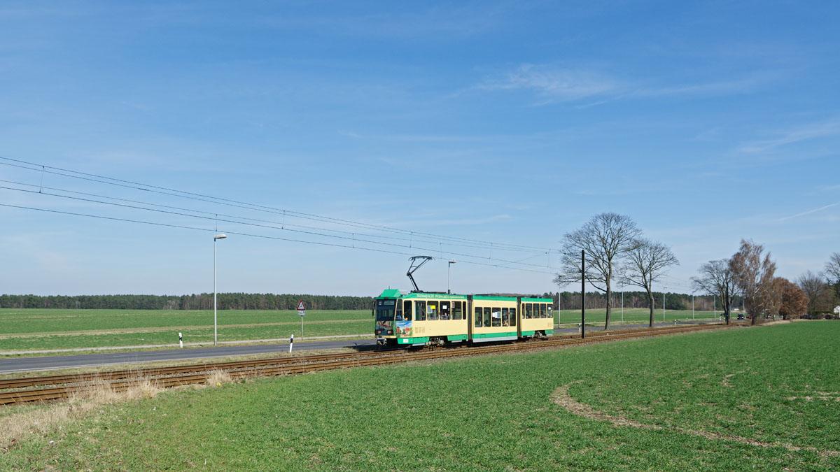 http://www.wortundgestalt-webservices.de/foren/dso/tram_88/_D791111.jpg